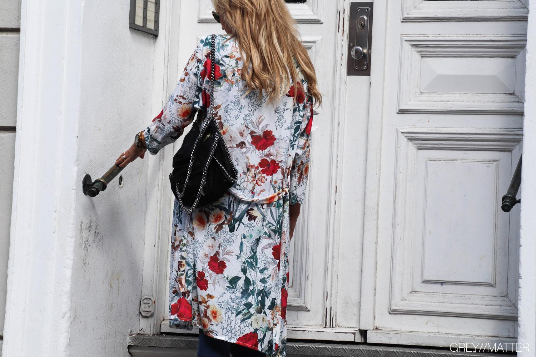 kimono-med-print-hvid-gm1.jpg