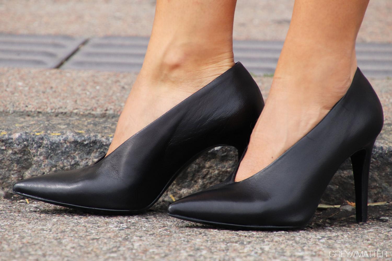 greymatter-heel-apair-sko.jpg