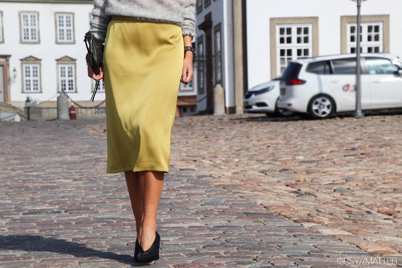 2-greymatter-fashion-neo-noir-nederdel-gul-junes.jpg