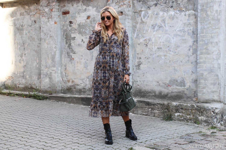 tammy-kjole-neo-noir-lang-kjoler.jpg