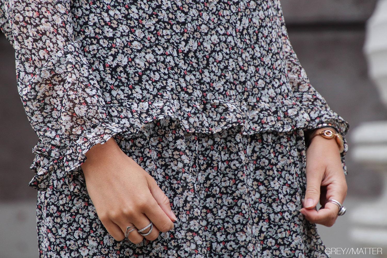 greymatter-fashion-blomsterprint-solo-kjole-neo-noir.jpg
