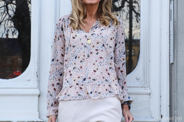 fillippo-blouse-neo-noir-bluse.jpg