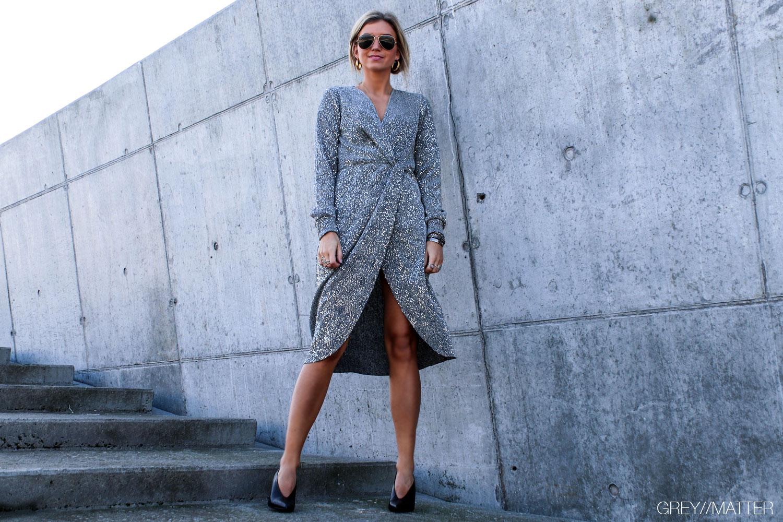 greymatter-fashion-vila-kjoler-palietter.jpg