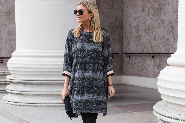 greymatter-fashion-slangekjole-python-print.jpg