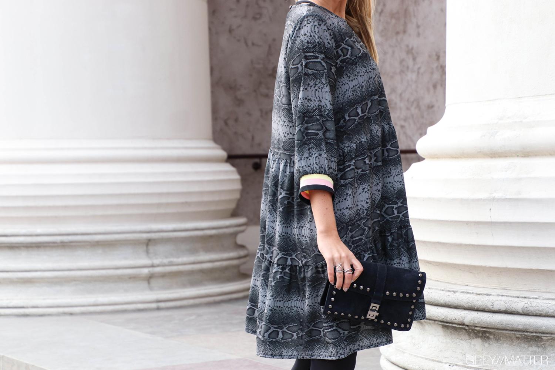greymatter-fashion-snake-dress.jpg