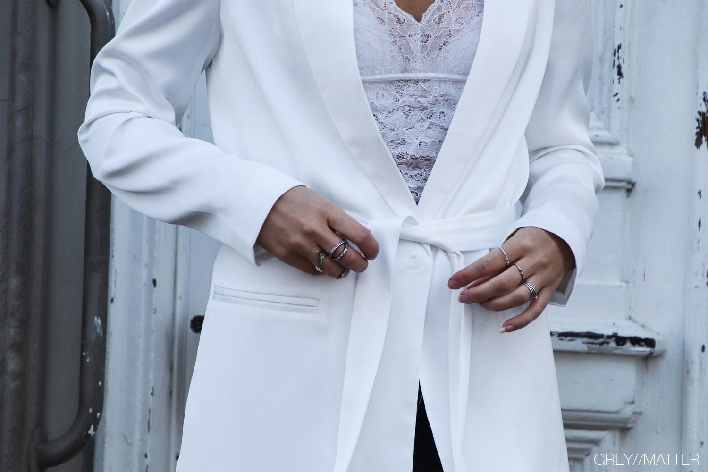 hvid-blazerjakke-neo-noir-lauren-jakke.jpg