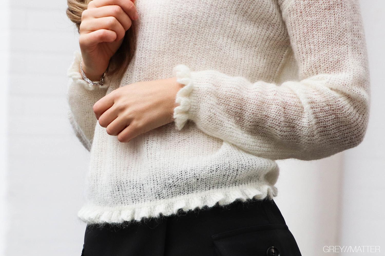 greymatter-manni-off-shoulder-knit-strikbluse.jpg