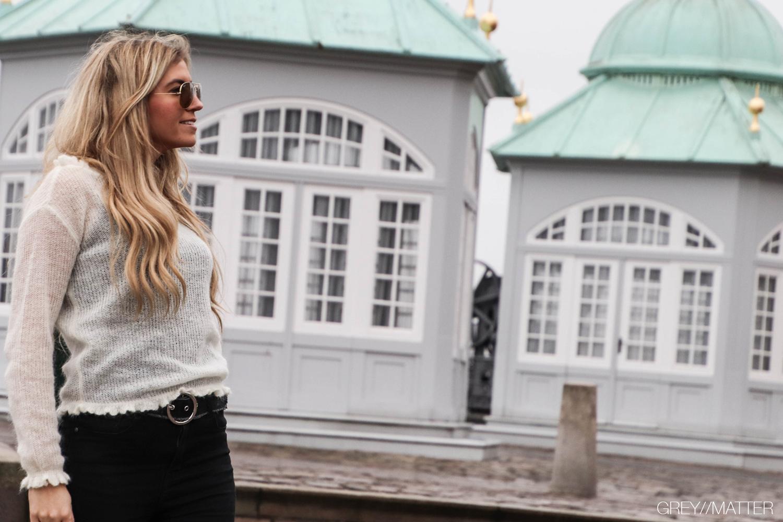 greymatter-fashion-manni-strikbluser-blouse-off-white.jpg