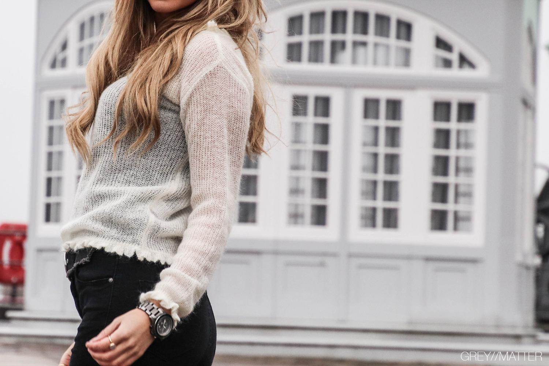 manni-strikbluse-fra-neo-noir-off-white.jpg