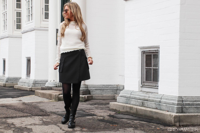greymatter-fashion-kenja-nederdel-sort-manni-bluse-neo-noir.jpg