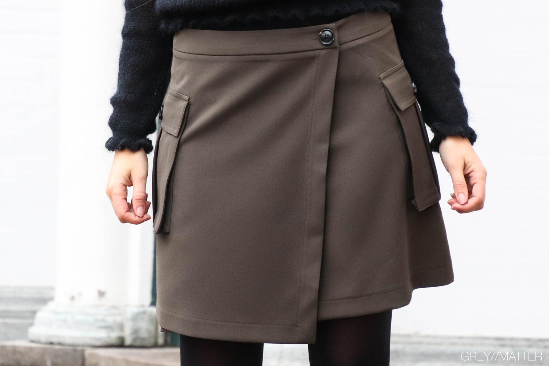 kenja-nederdel-med-lommer-neo-noir-skirt.jpg