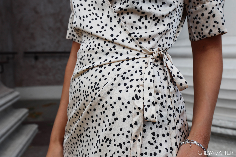 greymatter-fashion-neo-noir-mari-kjole.jpg