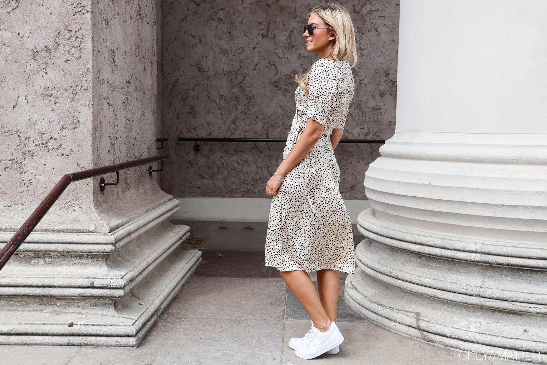 mari-kjole-dots-greymatter.jpg