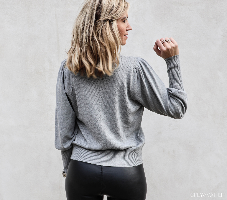 kelsey-bluse-neo-noir-greymatter.jpg