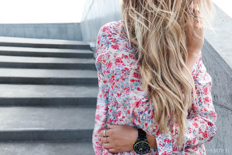 notebook_greymatter_fashion_blomsterprint_blossom_skjorte.jpg