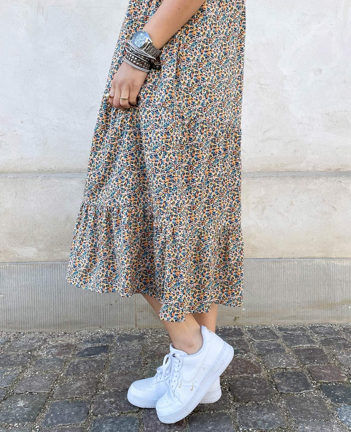 kjoler_med_blomsterprint.jpg