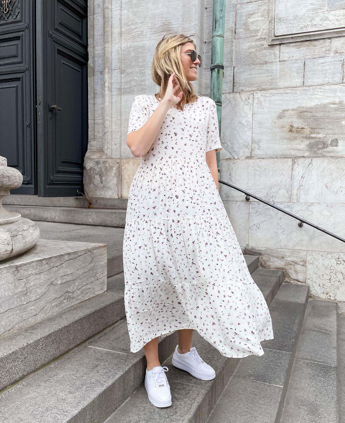 elegant_kjole_fra_only.jpg