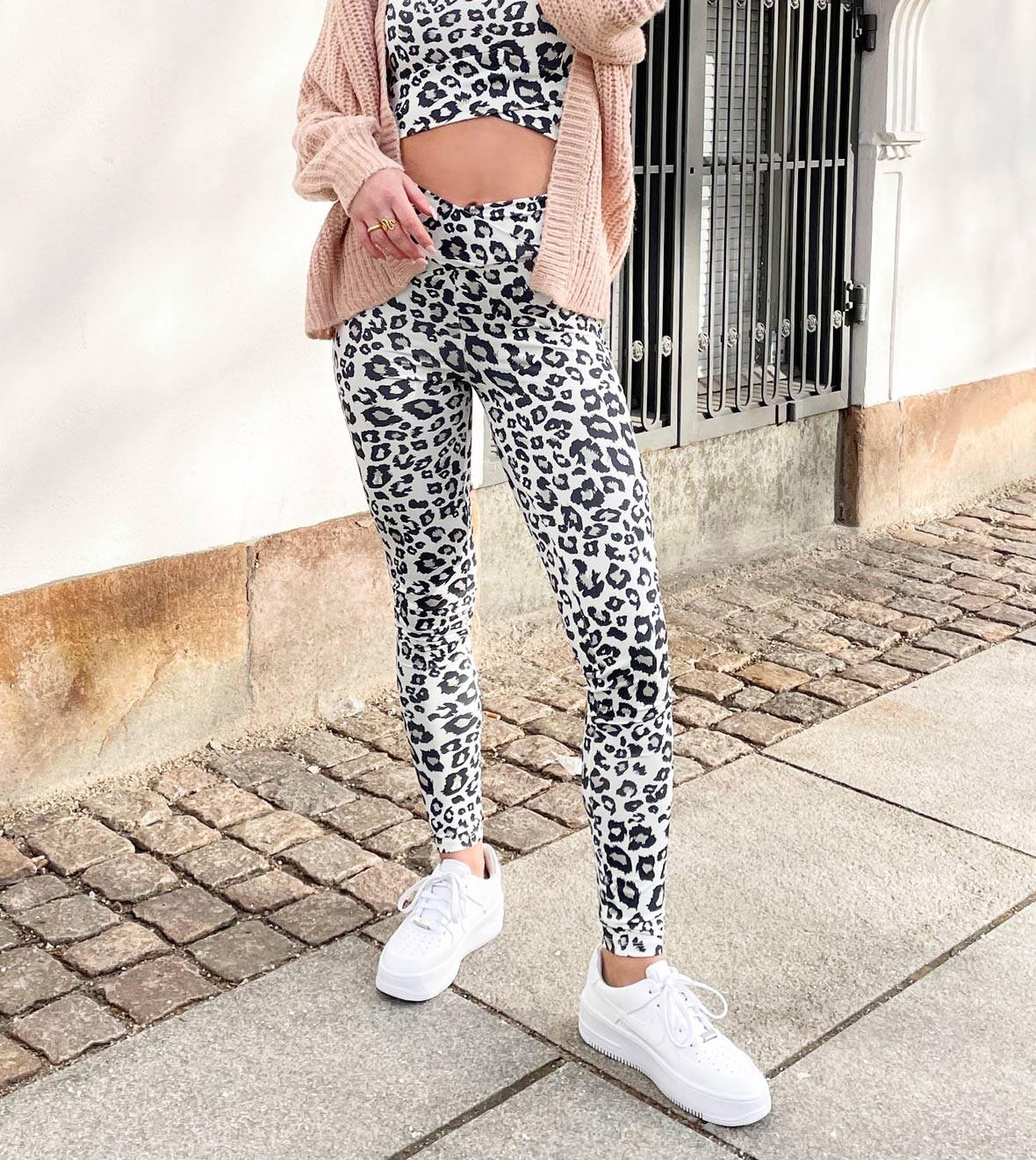 leopard_leggings_only_greymatter.jpg