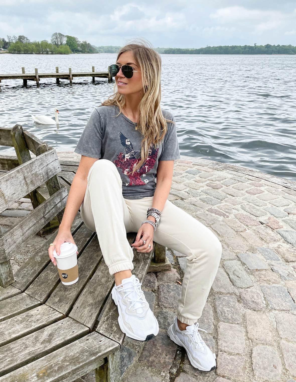 t-shirt_fra_greymatter_fashion.jpg