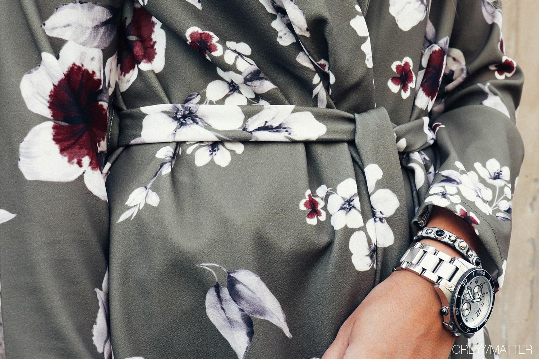 kimono_khaki_blomster_print_gm4.jpg