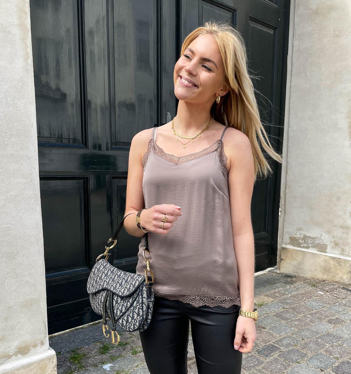 greymatter_fashion_strop_toppe.jpg