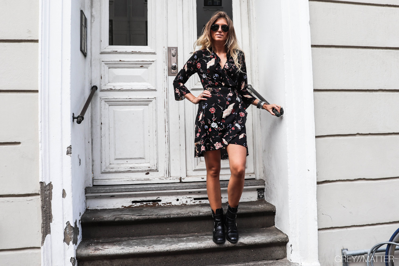 greymatter_fashion_kjole_neo_noir_printet_dress_gm3.jpg