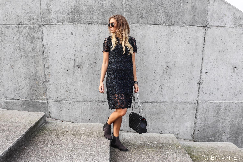 blondekjole_festkjole_apair_chelsea_stoevler_fra_a-pair_fashion.jpg