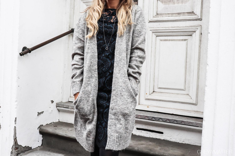 greymatter_cardigan_loose_neo_noir_trend_blondekjole.jpg