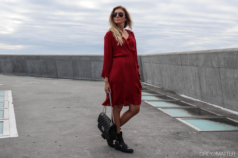 greymatter_fanny_kjole_roed_neo_noir_dress_julekjole.jpg