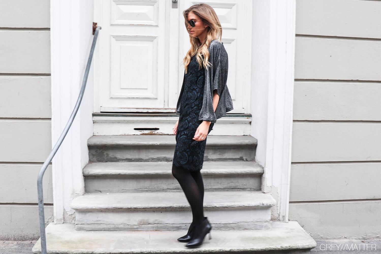 greymatter_blue_mix_dress_blondekjole_festkjoler.jpg