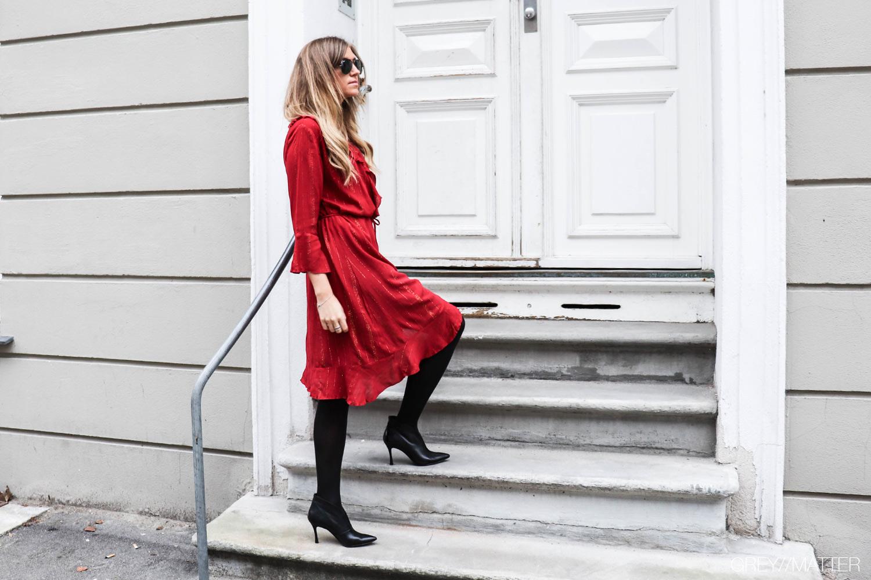 greymatter_neo_noir_fanny_dress_red_gm2.jpg