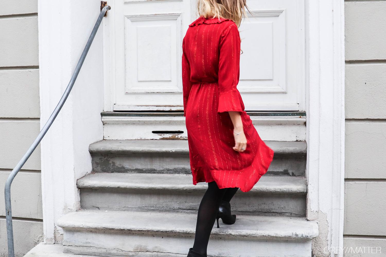 notebook_fanny_dress_neo_noir_red.jpg