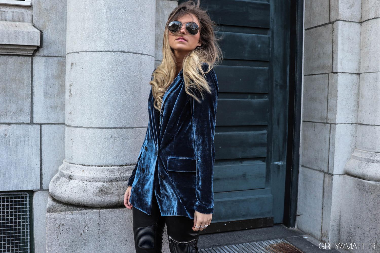 greymatter_fashion_blazerjakke-adina_velvet-neo-noir-neonoir.jpg