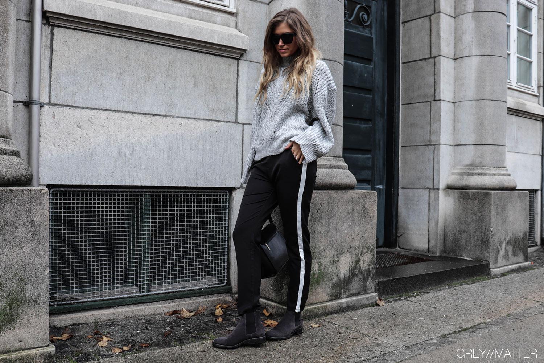 greymatter_fashion_bluse_strik_sweater_grey.jpg