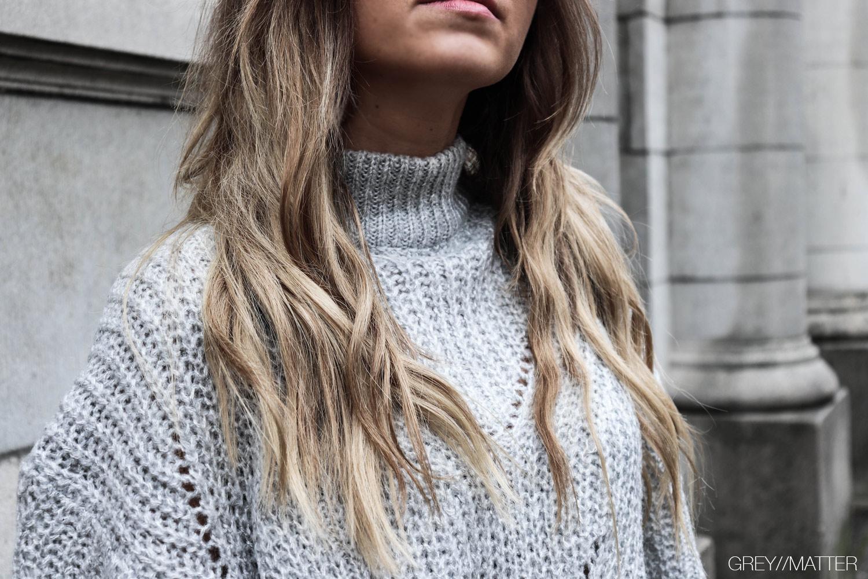 greymatter_fashion_strikbluse_ganni_sweater_look.jpg