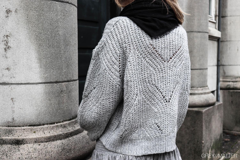 greymatter_fashion_sweater_bluse_loose_gm2.jpg