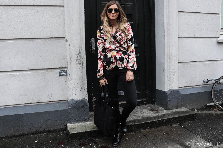 greymatter_fashion-bindebaands-bluse-blonder-print.jpg
