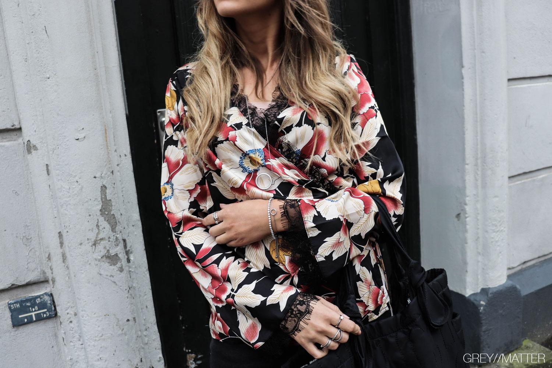 greymatter_fashion_bindebaandsbluse_wrap_blouse.jpg