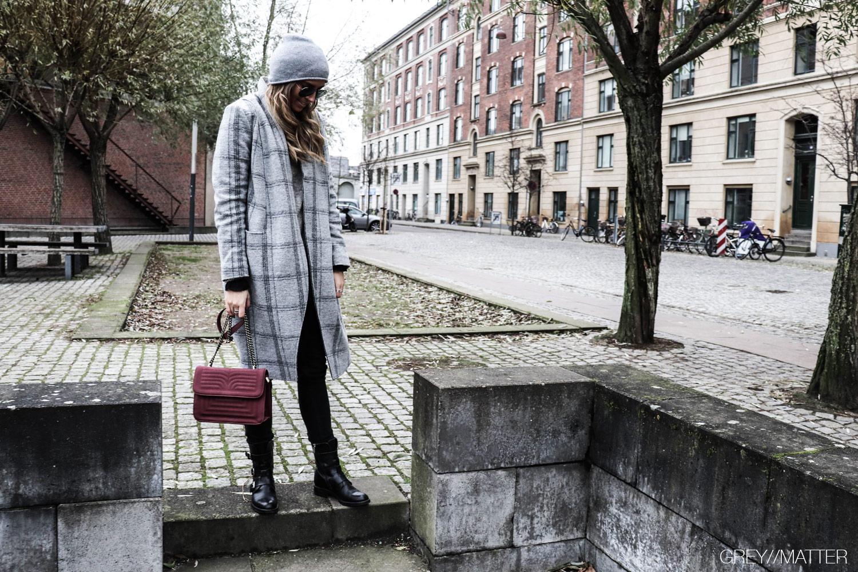 greymatter-iammuse-muse-ternet-jakke-frakke.jpg