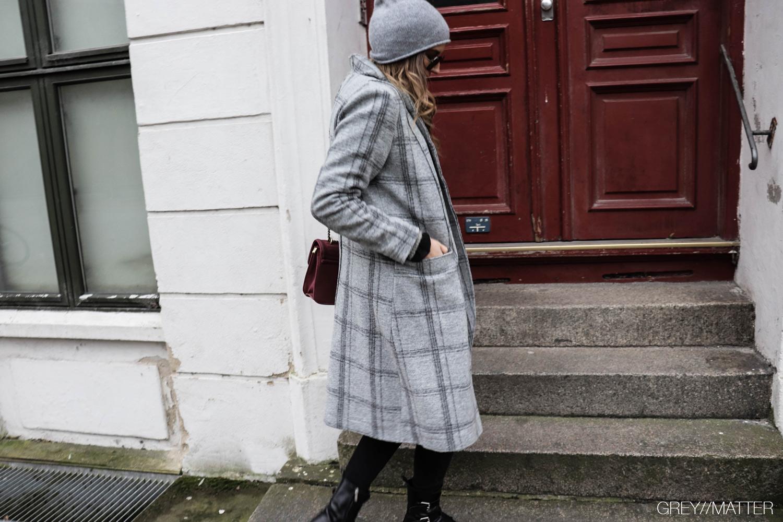greymatter_fashion_muse_frakke_apair_sko.jpg