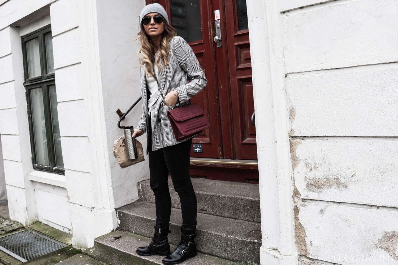 check-blazer-neo-noir-adina-light-grey.jpg