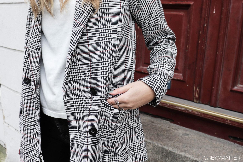 neo-noir-ternet-blazerjakke-greymatter.jpg