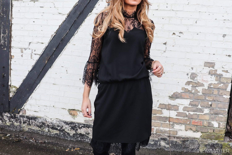 greymatter_fashion_neo_noir_izobel_sort-blondekjole.jpg