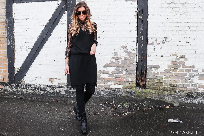 neo-noir-izobel-dress-sort-blondekjole_toej-fra-neo-noir.jpg