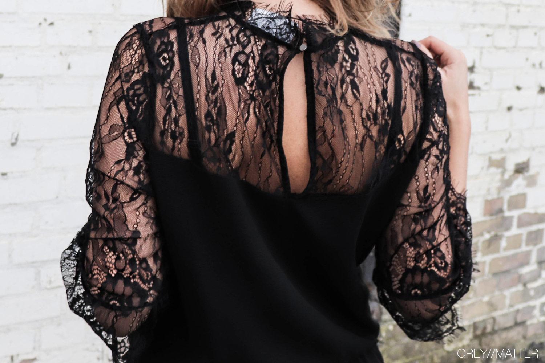 neo-noir-sort-blondekjole-izobel-dress-greymatter.jpg