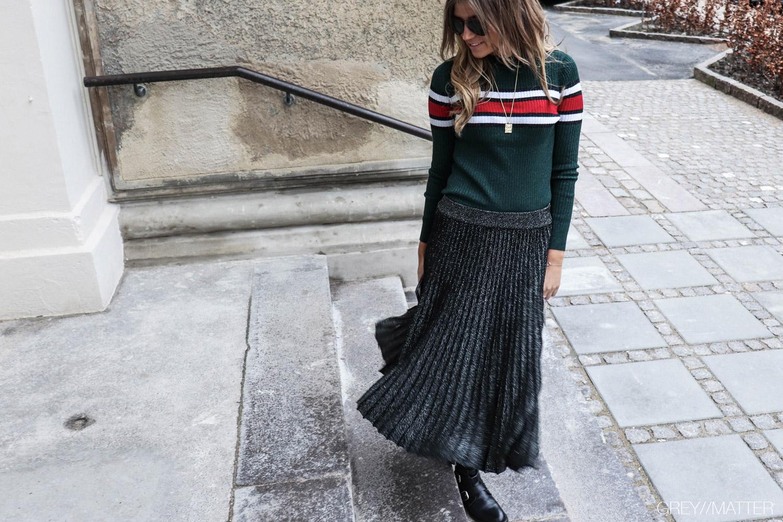 greymatter-fashion-neo-noir-eillis-bluse-neonoir-bluser-populaer-bluse.jpg