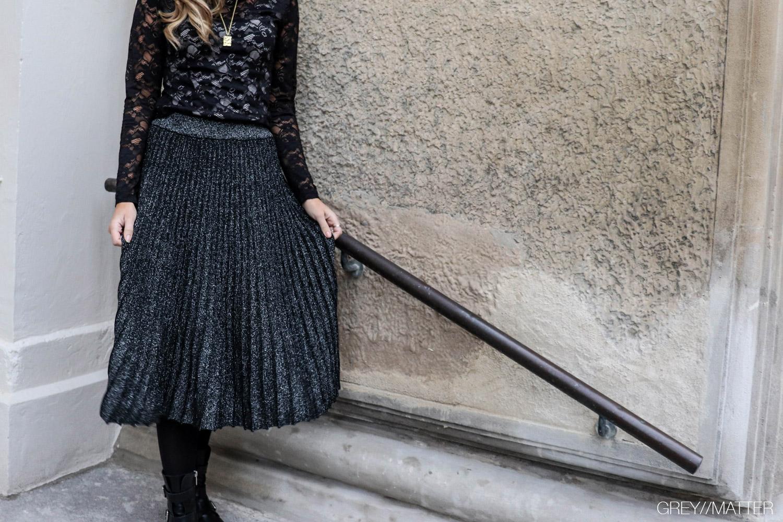 greymatter-nederdel-plisseringer-smuk-glitter-skirt.jpg