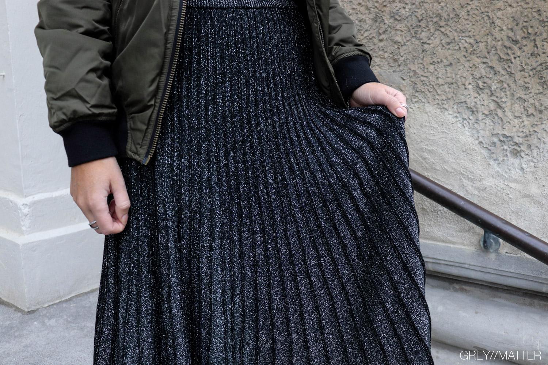 greymatter-plissering-nederdel-lange-nederdele.jpg