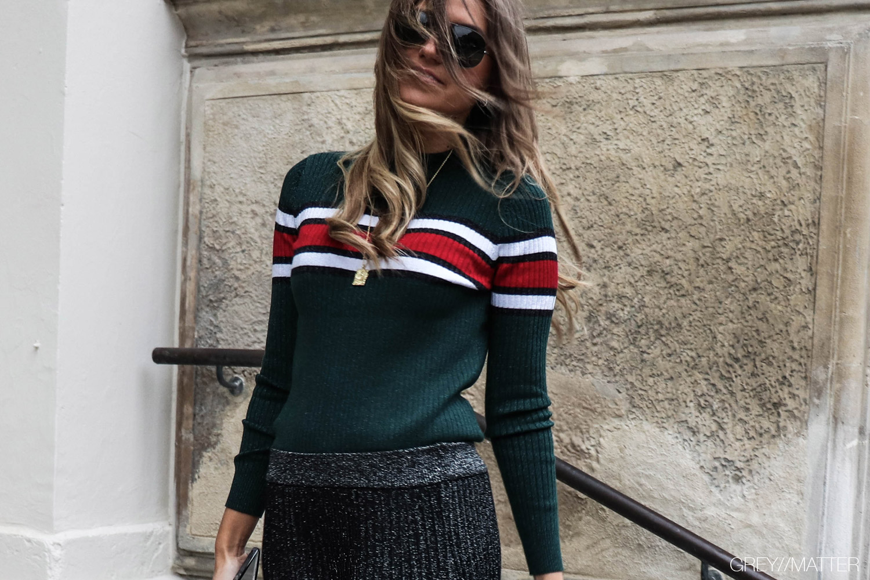 neo-noir-eillis-bluse-green-glitter-neonoir-bluser.jpg
