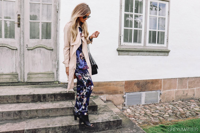 greymatter_pyjamas_trench_coat_style_din_pyjamas.jpg